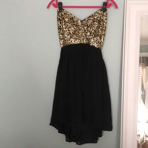 Dresses & Skirts - Glittered Top Dress